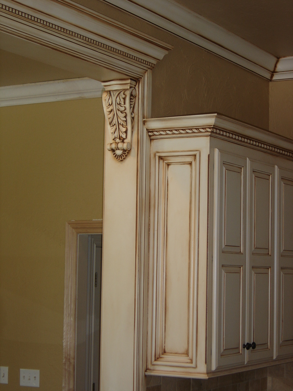 Glazed Crown Molding : Parkers custom hardwoods cabinetry